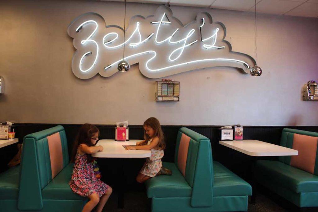 Zesty's Frozen Custard, Green Bay