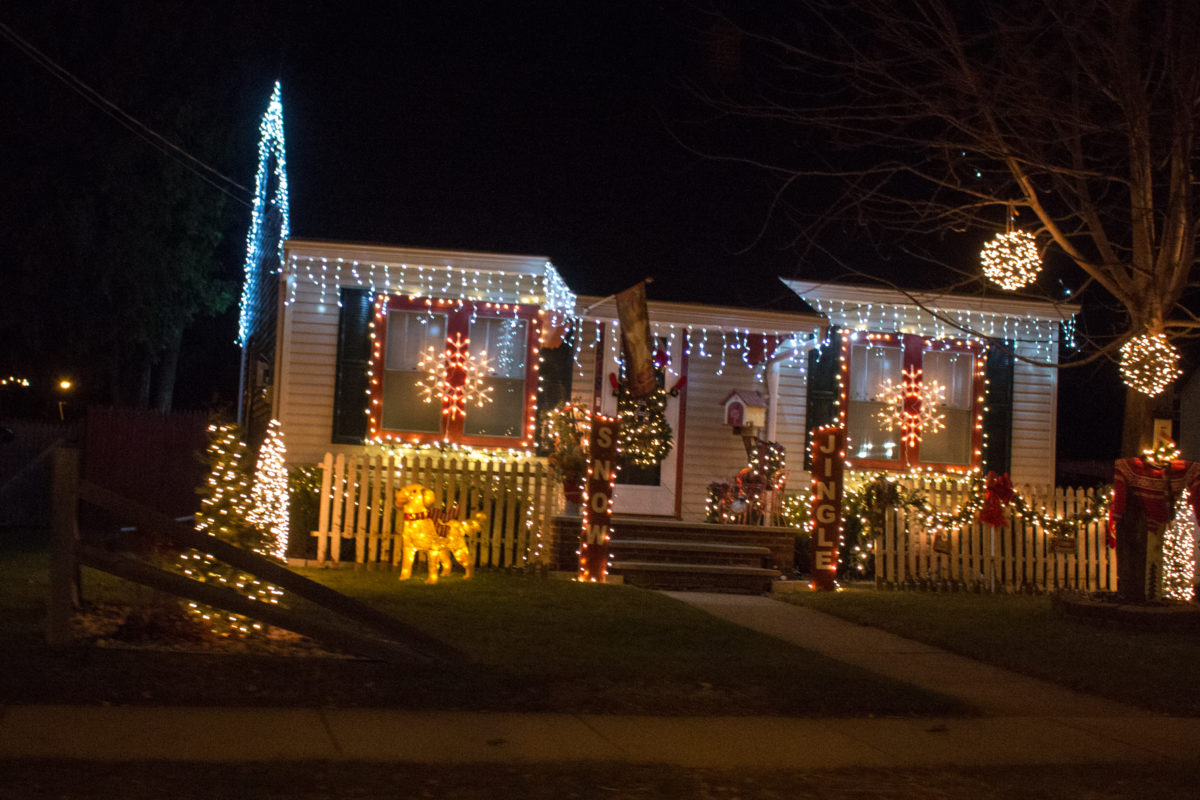 Christmas Lights Winnebago