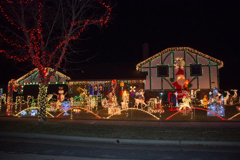 Homewood Ct Little Chute Christmas Lights