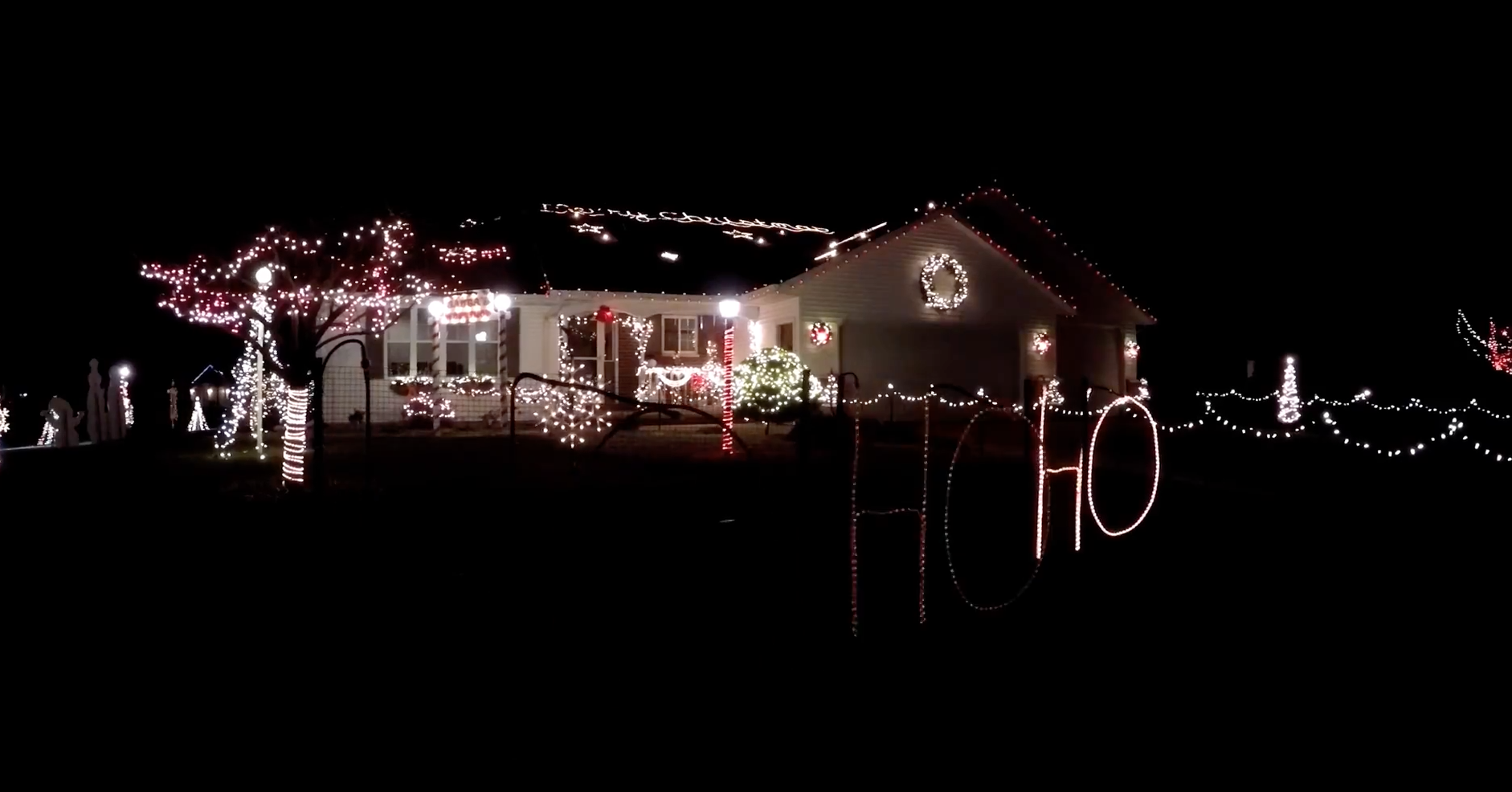 Best Christmas Lights Near The Fox Valley: 50+ Displays! {2018}