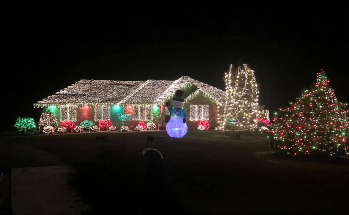 W7340 Earl Lane Hortonville Christmas Lights 2018