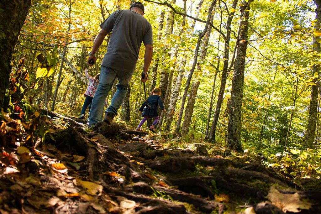 family friendly fall hikes in door county