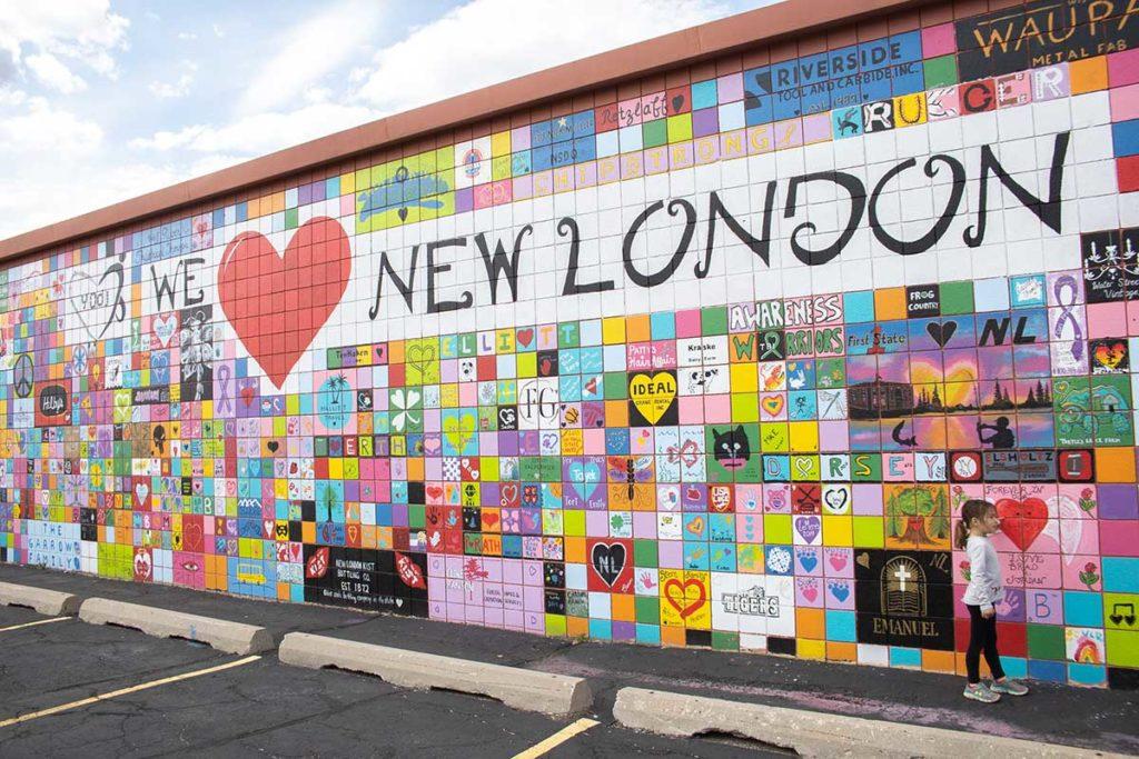 We Love New London Mural