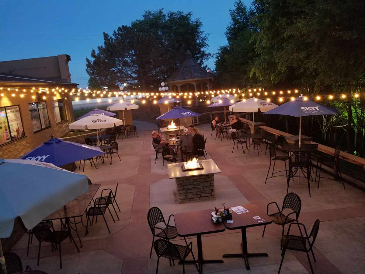 Plank Road Outdoor Dining