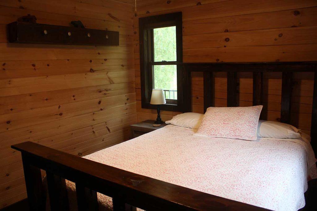 Wolf River Cabin, Waupaca County