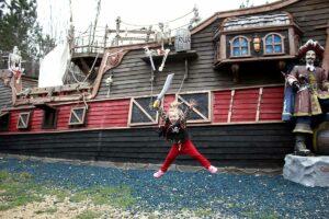 pirate ship adventure near Wisconsin dells