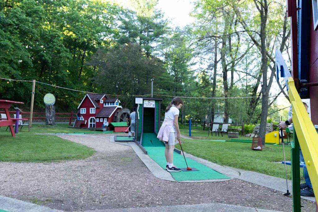 Tom Thumb Mini Golf, Waupaca